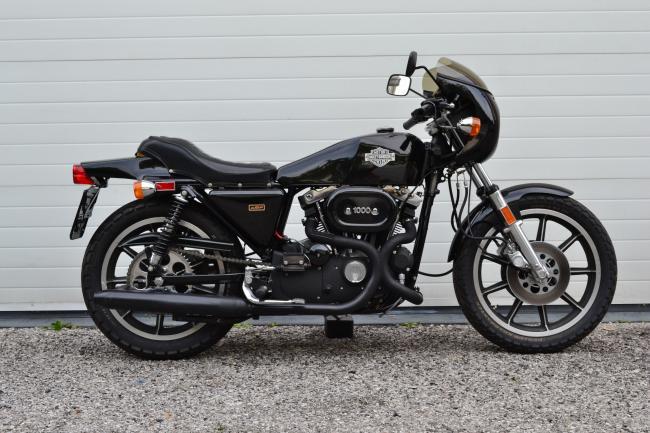 Moto usate harley davidson xlcr 1000 stile italiano for Moto usate regalate