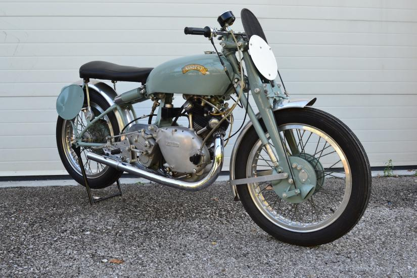 Stupenda Vincent 500 Grey Flash Replica by John Surtees